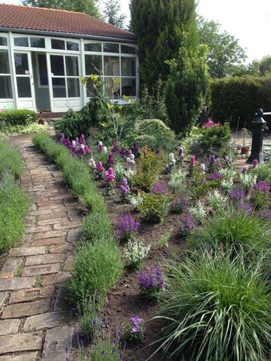 negy-evszak-kerteszet-siofok-bemutato-kert (3)