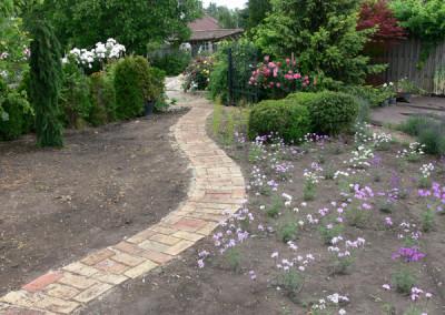 négy-évszak-kertészet-készül-a-kert (8)